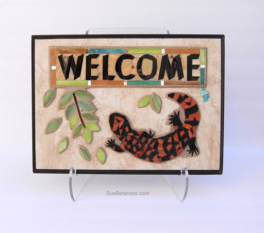 Gila Welcome, lizard mosaic, Sue Betanzos Art, Christmas gift, holiday gift, Christmas art, Glass mosaic, glass mosaic sign, garden art, garden sign, welcome sign garden welcome, glass art, home decor garden decor, Gila Monster, southwest lizard, glass mo