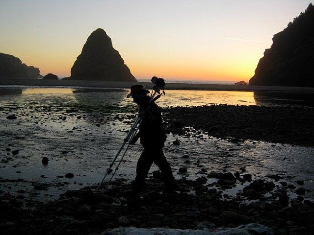 photographing the Oregon coast at dusk