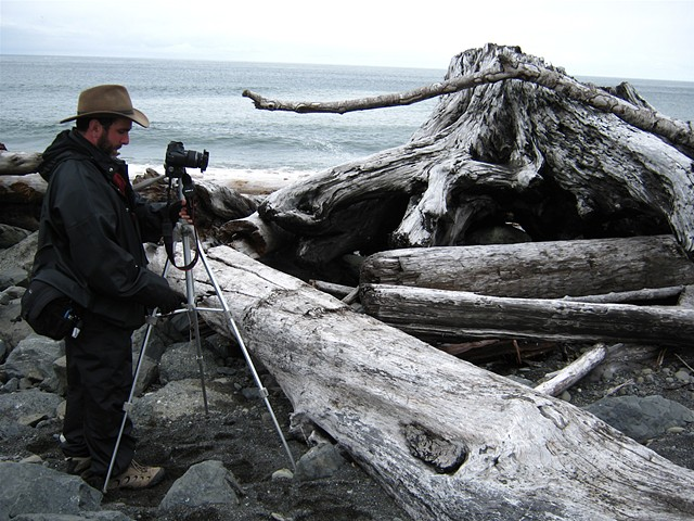 photographing driftwood along the spectacularly beautiful Oregon coast