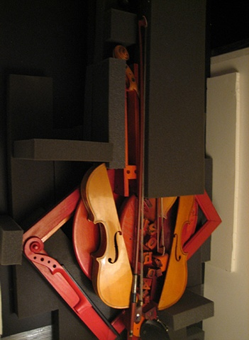 violins, Gina Brezini, Venice, Italy, Film Festival, Golden Lion, installation, music, concert, sculpture, om, prayer, Tibet, mantra, Tara, OPEN 2010