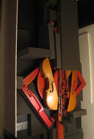 violins, Gina Brezini, Venice, Italy, Film Festival, Golden Lion, installation, music, concert, sculpture, om, prayer, Tibet, mantra, Tara, OPEN 2010