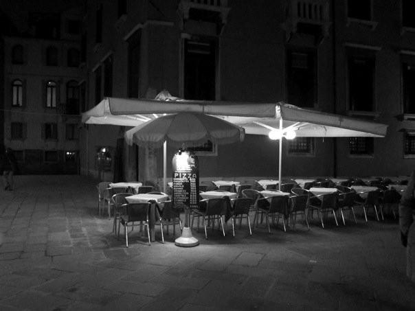 Cafe di notte, Campo San Stefano, Venezia