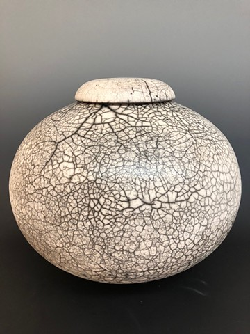 Large Round Lidded Naked Raku