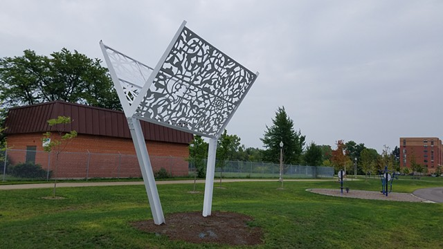 Screen Cloud by Bernard Williams, steel sculpture