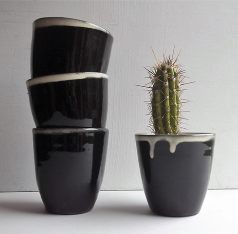 Black beakers