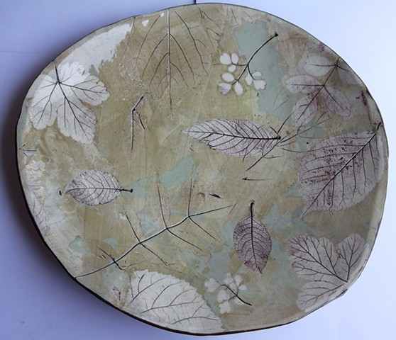 88.Large leaf bowl