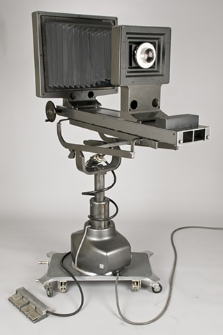 A 16 x 20 inch ULF camera designed by Columbus Ohio artist Stephen Takacs.
