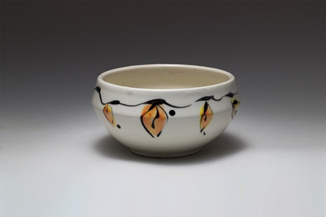 Leaf design soup/cereal bowl
