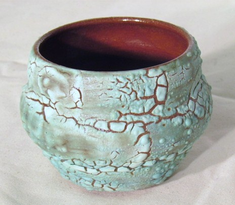 Small vessel with crawling glaze