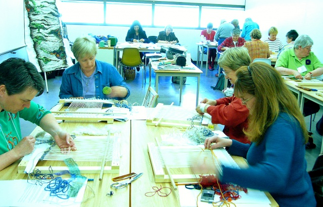 Explorations in tapestry weaving workshop