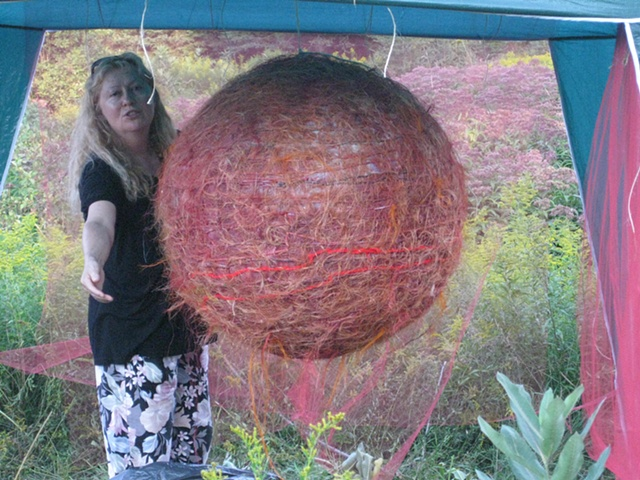 Krystyna Sadej with her sphere paired with Ali Rabjohns