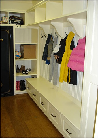 Mudroom Built-in View 2