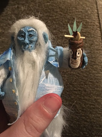 Yeti tiki maquette fabrication miniature dollhouse