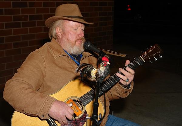 RED BENSON (FOLK MUSICIAN)