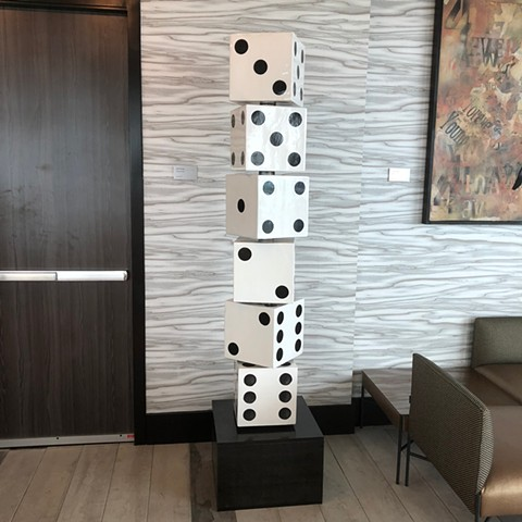 Totem of 5 blocks that look like dice