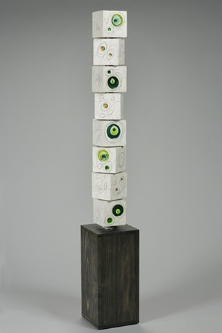 Green Gold Endless Line Totem