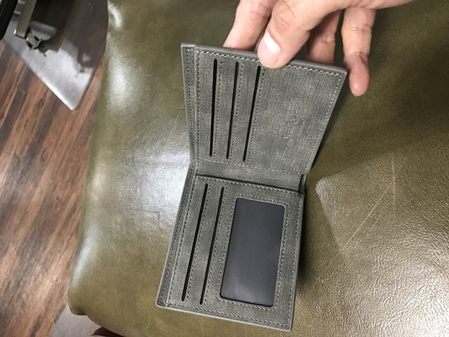 Ak men wallet pockets