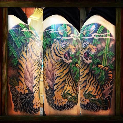 Tiger/bamboo half sleeve