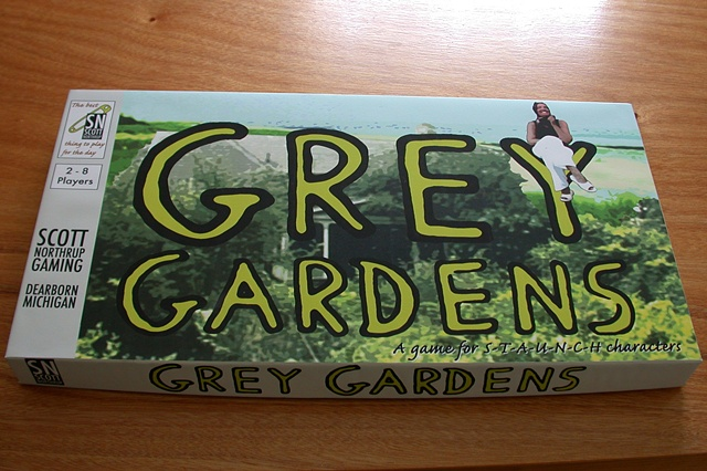 Grey Gardens Board Game (box top)