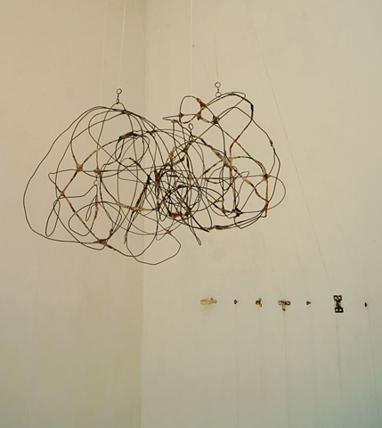 cool wire sculptures hanging