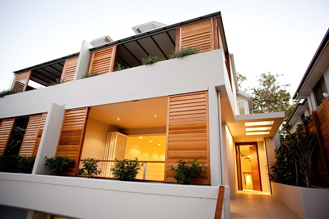Entry to duplex in Balgowlah, Manly