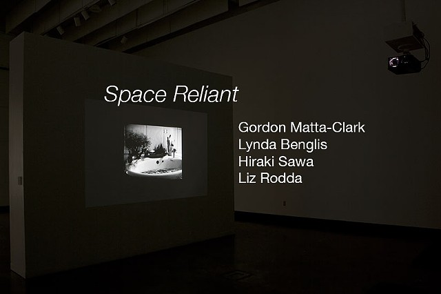 Space Reliant: An erasure of the border between the screen and the body.