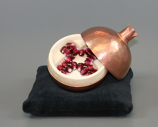 Memory Reliquary: Fall Pomegranate