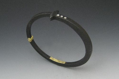 """Three Stone Nail Bracelet"""