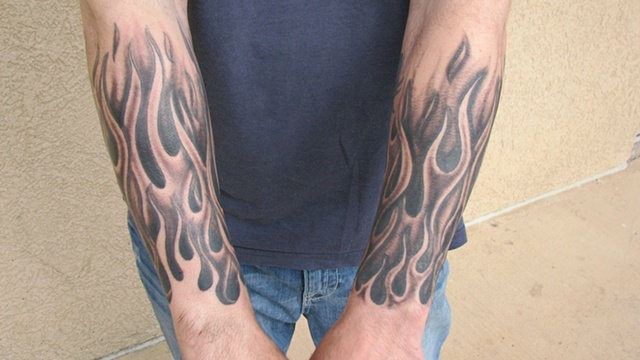 flames, ghost flames, tattoo shop, tattoo, tattoo studio, 920 Tattoo Company, Steve Anderson, Oshkosh