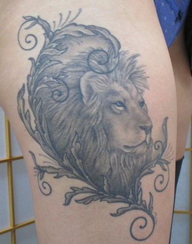 Carrie Olson, 920 tattoo, 920 tattoo co, ,920 tattoo, 920 tattoo company, oshkosh, tattoo, tattoos, wi, uwo, uwoshkosh, lion tattoo, lion head tattoo, black and gray tattoo, thigh, tighs thigh tattoo, thigh piece, filigree tattoo