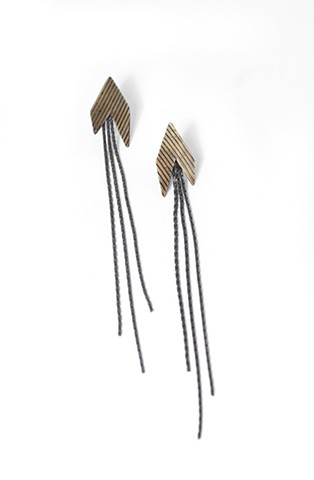 E-ARROW silver earring with textured brass oxidized by Jennifer Bennett of Di Luce Design