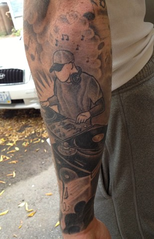Providence, Prov, RI, Rhode Island, New England, Mass, Art Freek Tattoo, Good Tattoos grey work black and gray Color old school portrait clean hip hop dj mc grafitti rap