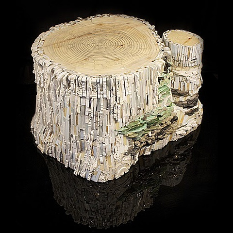 Aspen Stump Mosaic Sculpture featured in the International Hearald Tribune and Ravenna Mosaico