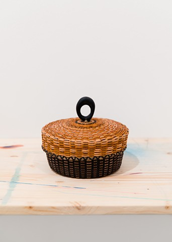 Sarah Sockbeson, Lidded Basket with Ring