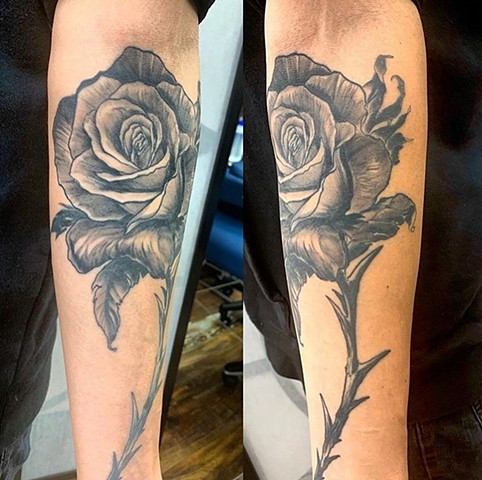 realistic semi realistic roses thorn stem nature illustrative tattoos tattoo art pretty flowers