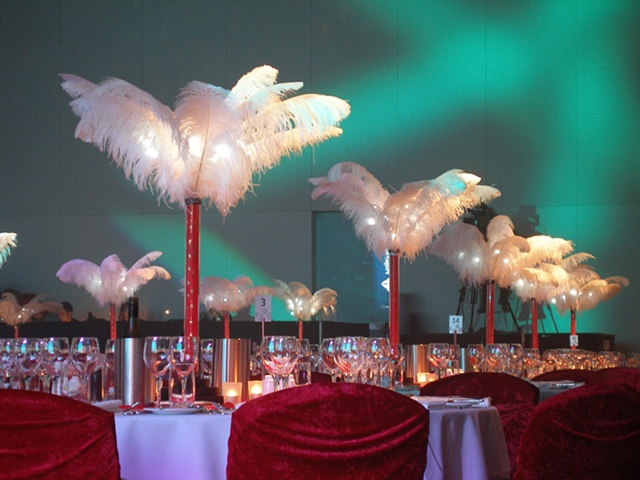 Feather centrepiece