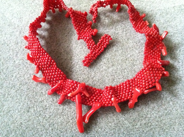 Red-hot coral choker