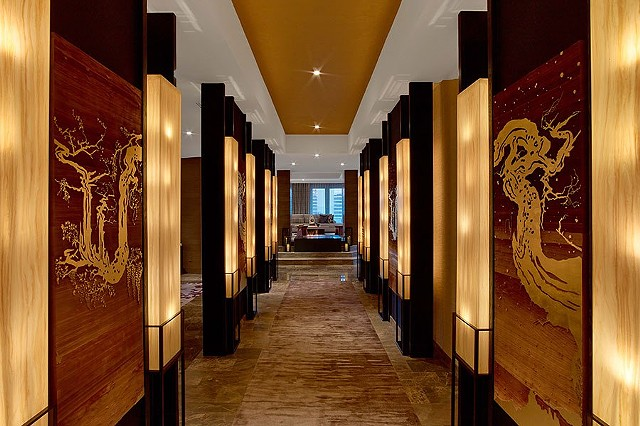 Nobu, Hotel, Las Vegas, Rockwell Group, Architecture, Architectural Digest, Fine Art, Art, Jill, Hotchkiss, design, gold, wood, flowers, winter, spring, penthouse