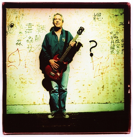MIKE WATT (minutemen,firehose,iggy and the stooges)