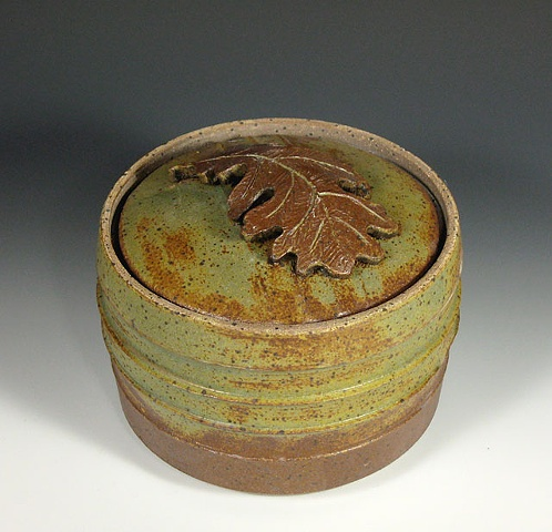 stoneware, covered container, burr oak