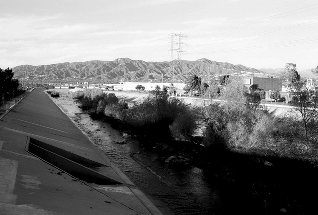 LA River, North View, Glendale Narrows, 1998