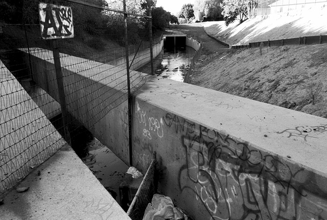 LA River, Tujunga Wash, Near Universal Studios, 1998