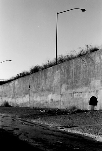 LA River, Hollywood Freeway, Streetlights & Drains, 1997
