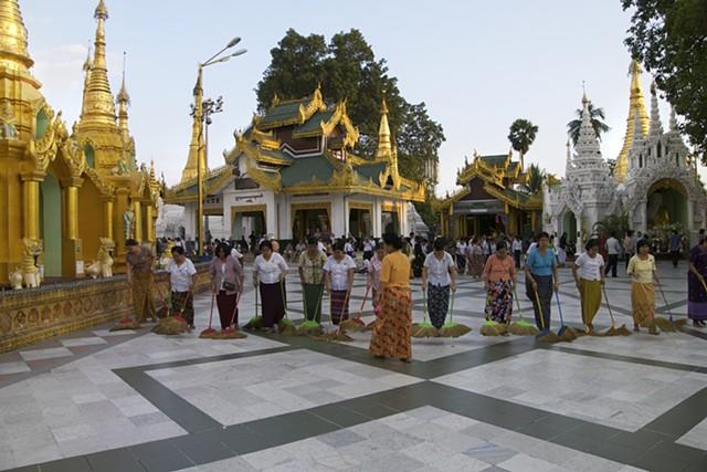 Shwedagon Pavilion, Yangon, Myanmar