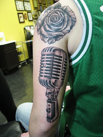 Peter McLeod Tattoo Old School microphone and rose tattoo