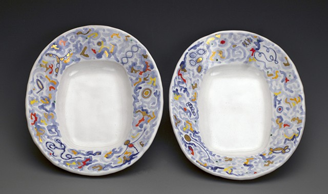 Two plates with Jigsaw Rim