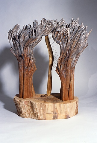 Wood sculpture about nature by Lin Lisberger