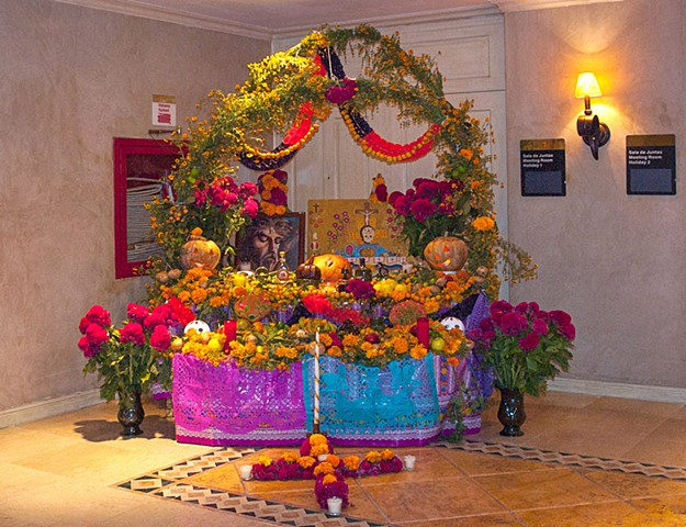 Holiday Inn Ofrenda 2907