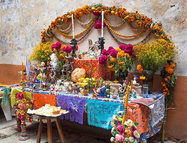 Ofrenda at Mano Magica Folk Art 2881