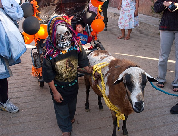 Childrens Parade with Goat 3266